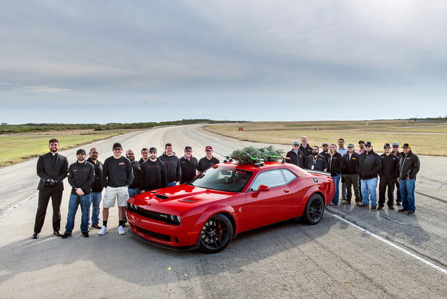 hennessey and dodge takes record for worlds fastest christmas tree 174mph 28