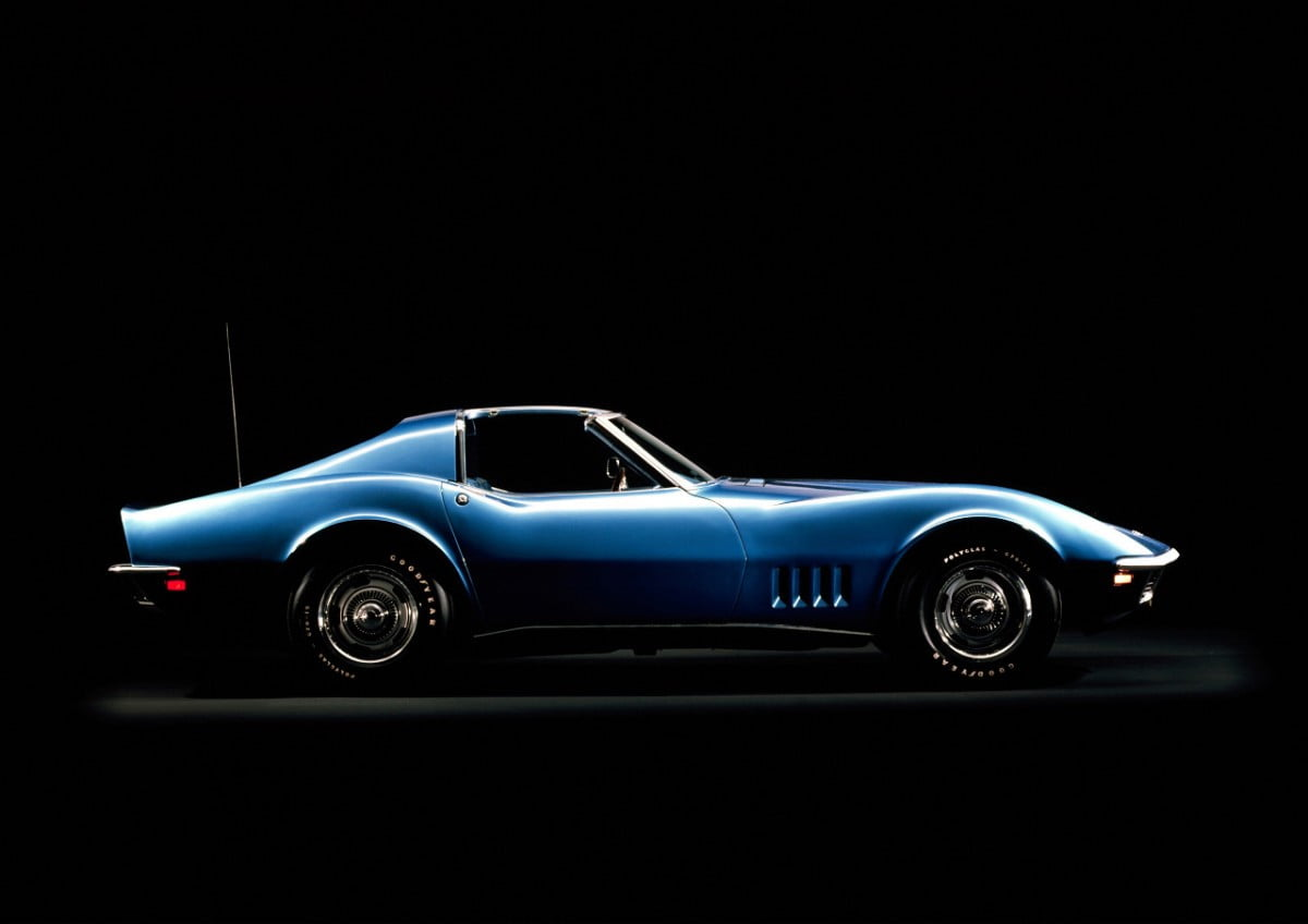 Stingrays V8s And Plastic What Makes A Corvette A