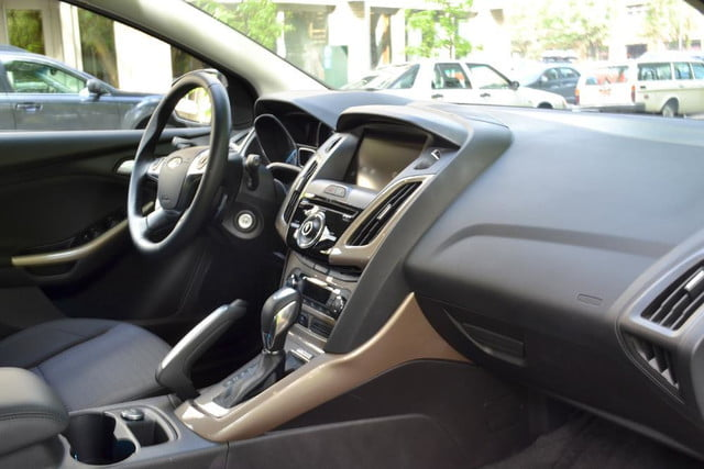 2012 ford focus sel review interior