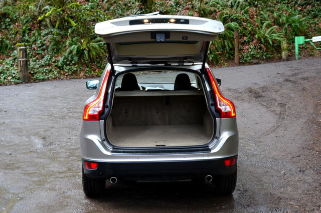 2013 volvo xc60 back end open