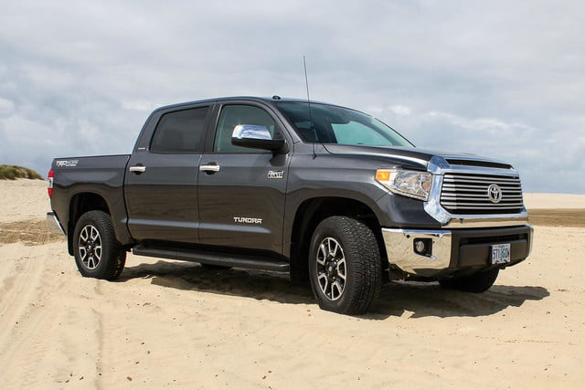 2014 toyota tundra review front angle 6