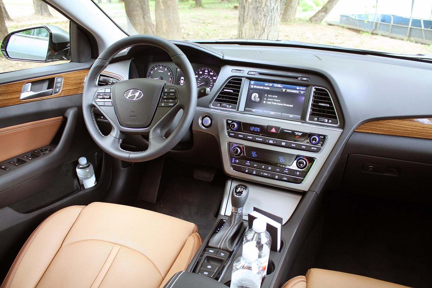 first drive 2015 hyundai sonata digital trends. Black Bedroom Furniture Sets. Home Design Ideas