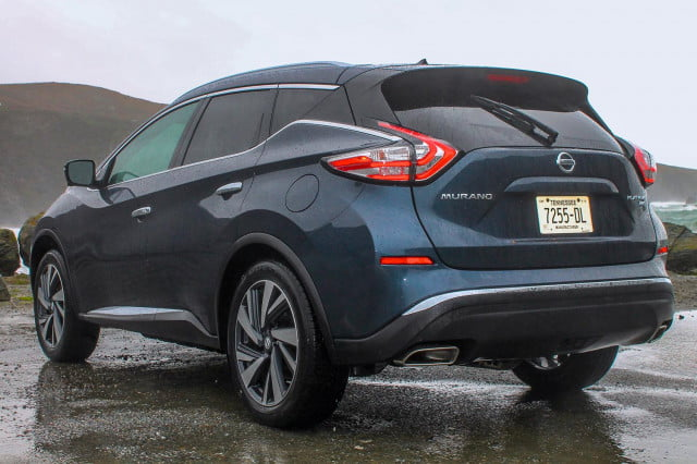 2015 Nissan Murano review rear angle 3