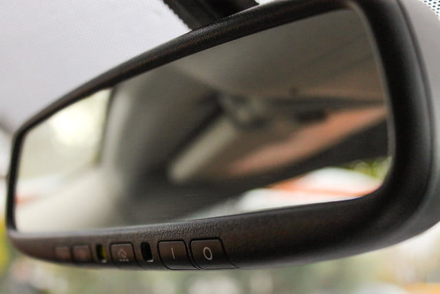 2015 Nissan Murano review rear view mirror
