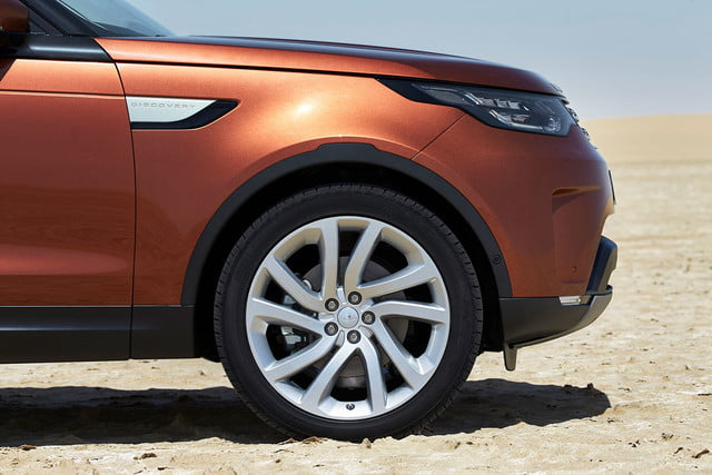 land rover discovery alex heslop interview 2018 003