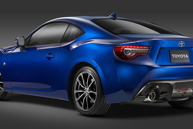 toyota and subaru reboot 86 sports coupe for second generation 2018  20