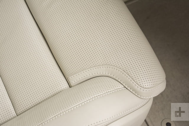 Closeup of the 2018 Volvo XC60's seat cushion upholstery.