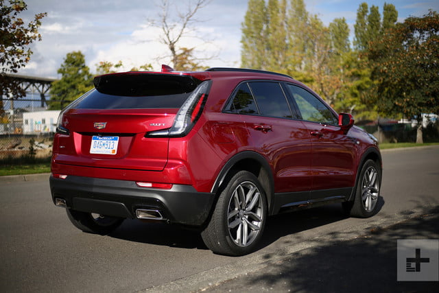 2019 cadillac xt4 back right