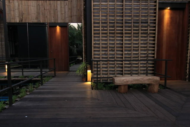 the bangkok tree house hotel lets guests sleep under stars resort 0018