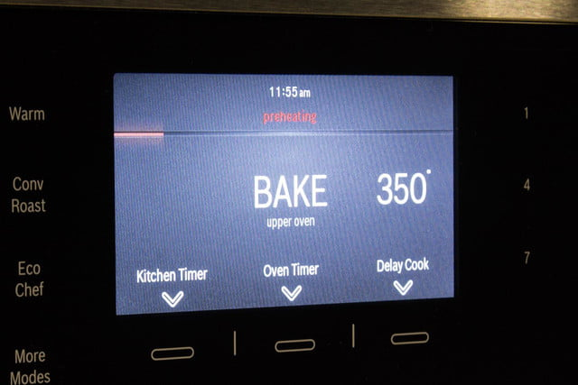 Bosch HBLP651LUC oven review LCD display macro v2