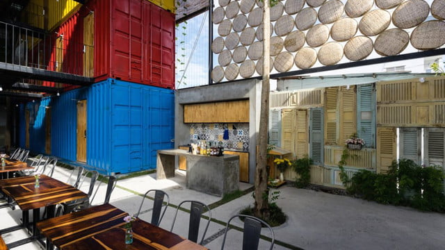 vietnamese shipping container hostel ccasa by tak architects 03