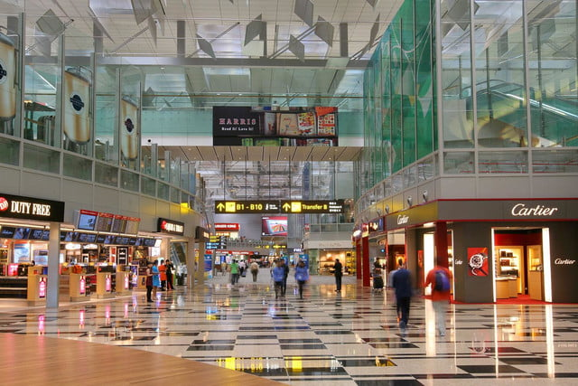 best airports for layovers changi airport 6