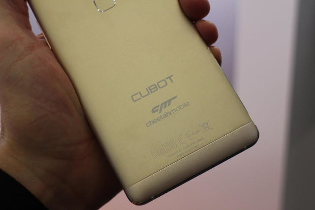 the cheetahphone wants you to sacrifice stock android for battery and speed improvements 0653