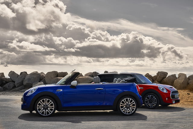 mini refreshes cooper 2 4 door hardtop and convertible for detroit 2018  13