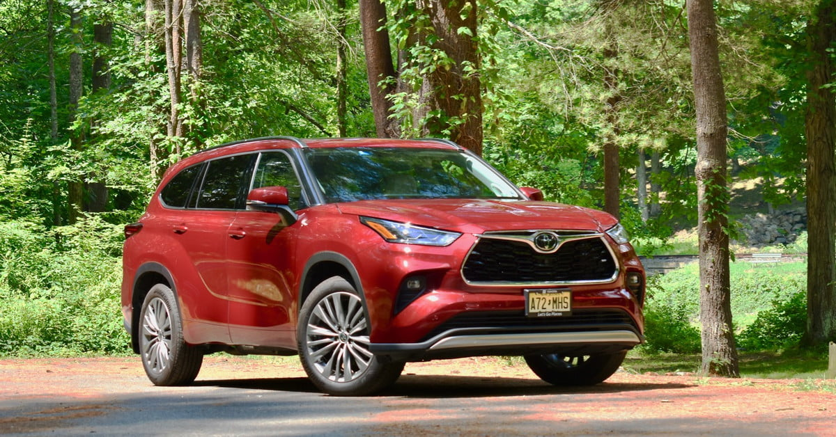 2020 Toyota Highlander Platinum AWD review: Cool tech