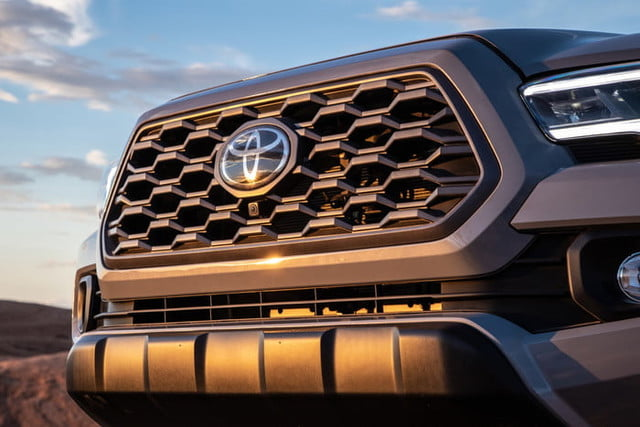 2020 Toyota Tacoma Boasts New Look, Smarter Tech Features