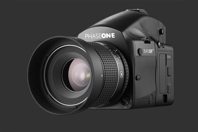 phase one iq250 is worlds first cmos based medium format digital back 645df  55mm front