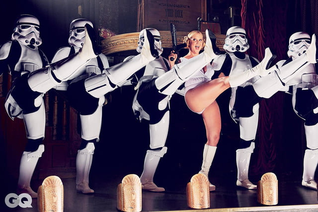 amy schumer risque star wars photo shoot gq is the funniest woman in galaxy  mark seliger 03