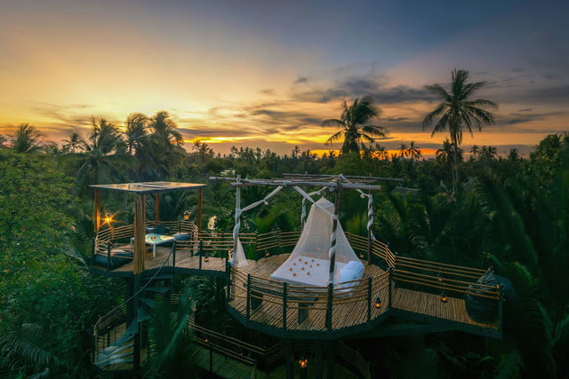 the bangkok tree house hotel lets guests sleep under stars resort