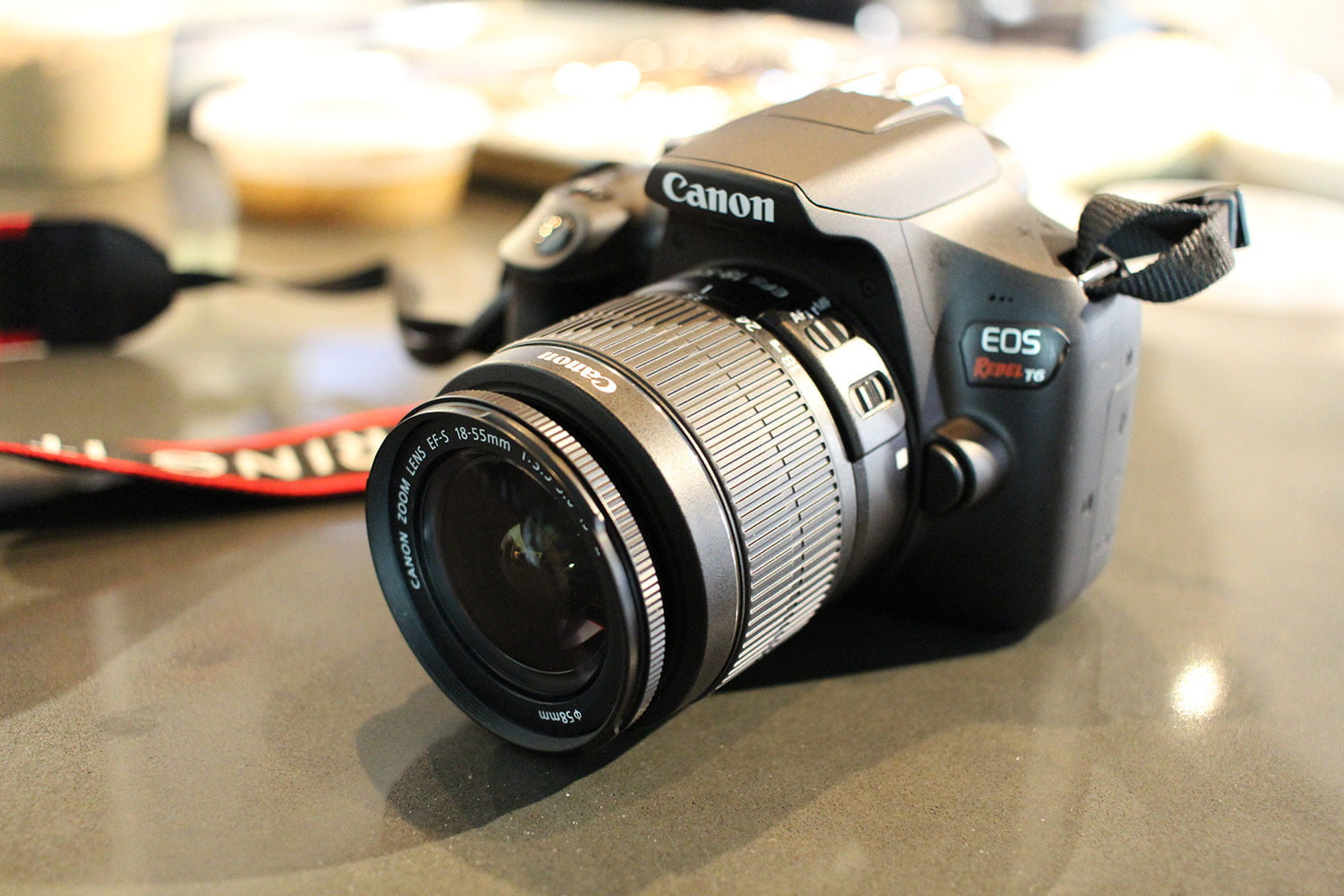 Canon Holiday Sale Features Rebel T6 2-Lens Kit for $449