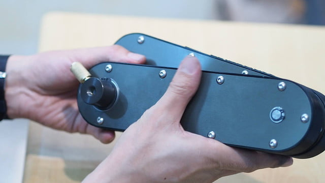 awesome tech you cant buy yet january 3 glidearm  ultracompact camera slider