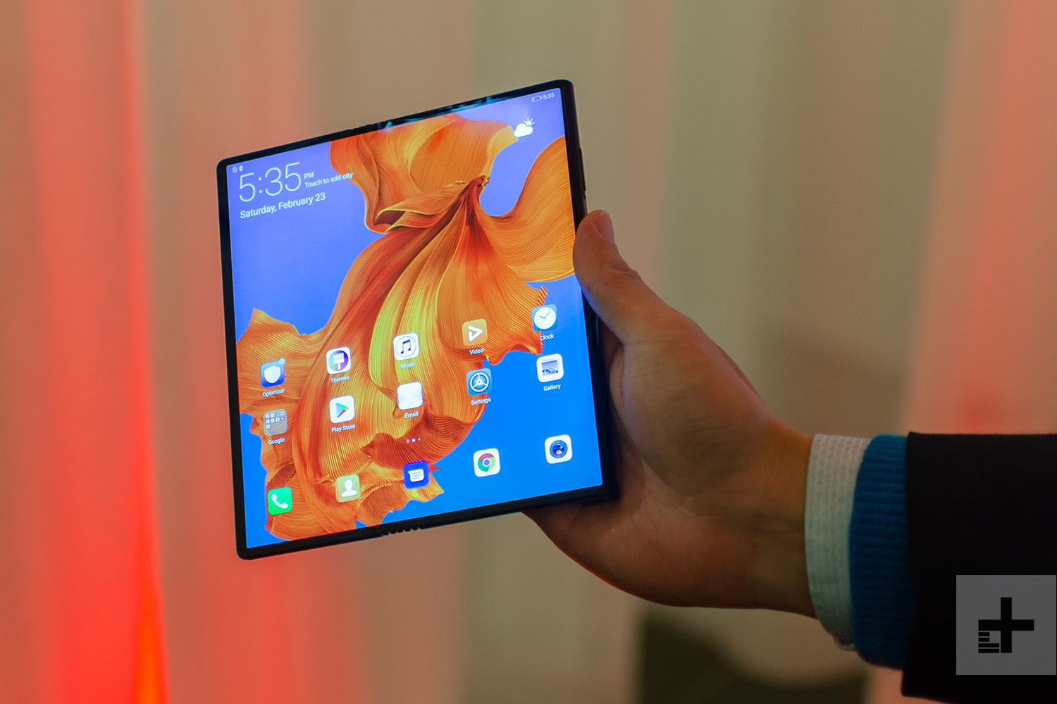 Huawei Mate X Hands-on Review: The Future In Our Hands