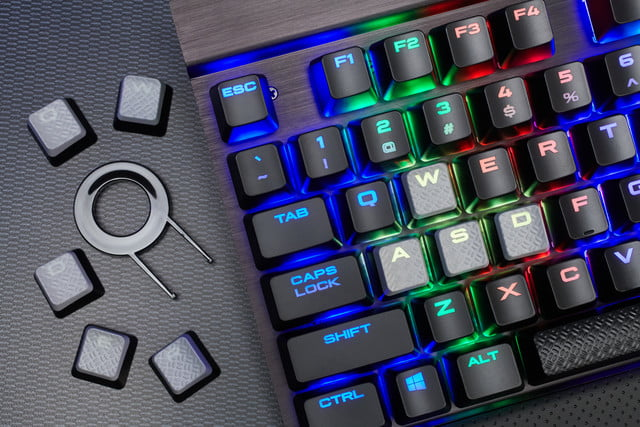 corsair launches lux mechanical keyboards pc gaming k70 rgb