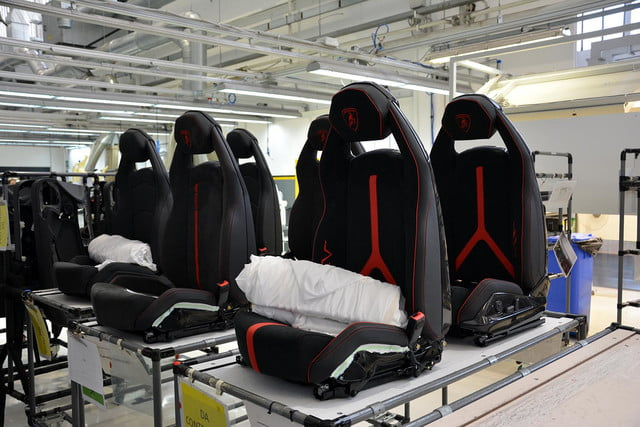 lamborghini factory tour pictures production process 0114