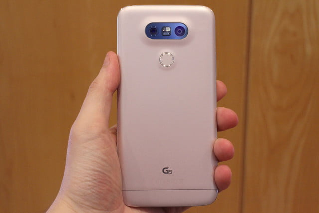 Galaxy S7 vs  LG G5: In-Depth Comparison (Which Is Best