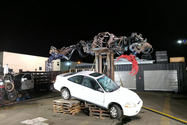 usa and japan are having a giant robot duel mkiii with car 2