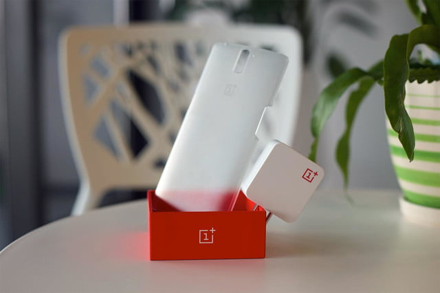 startups like oneplus may saviors true smartphone innovation one accessories