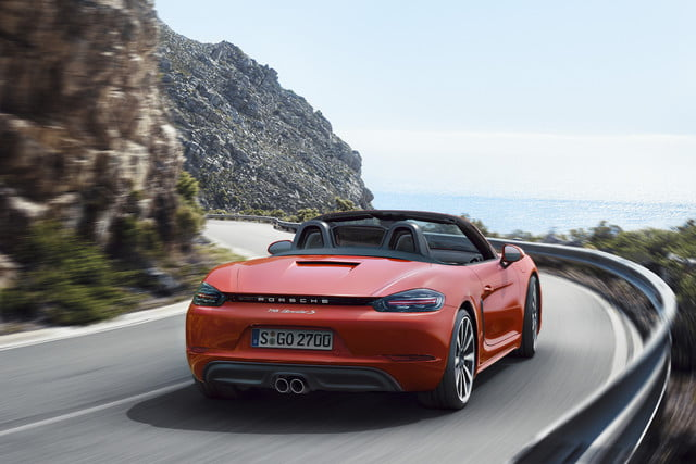Porsche 718 Boxster orange rear