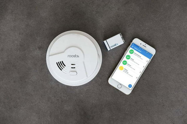 the roost smart smoke alarm detects fire co and natural gas detector