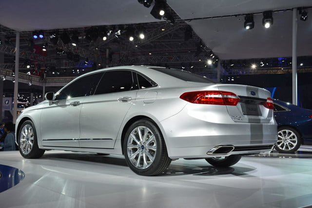 next ford taurus official pictures specs and performance shanghai 5