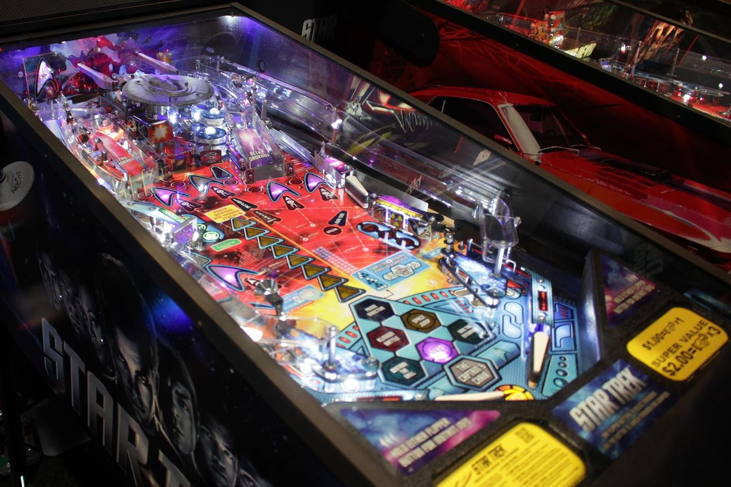 Pinball is making a comeback, and Stern's booth at CES