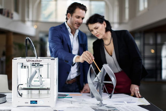 ultimaker unveils two new 3d printers at ces 2016 2 plus makerbot fabricator 4
