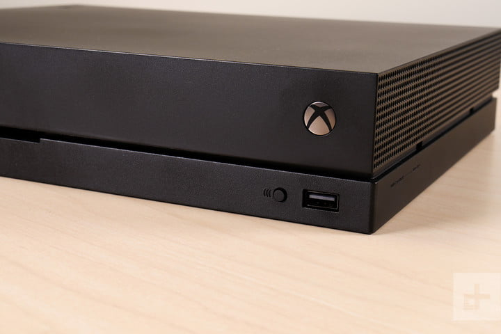 Your Xbox One may have let other people listen to you, Microsoft contractors say