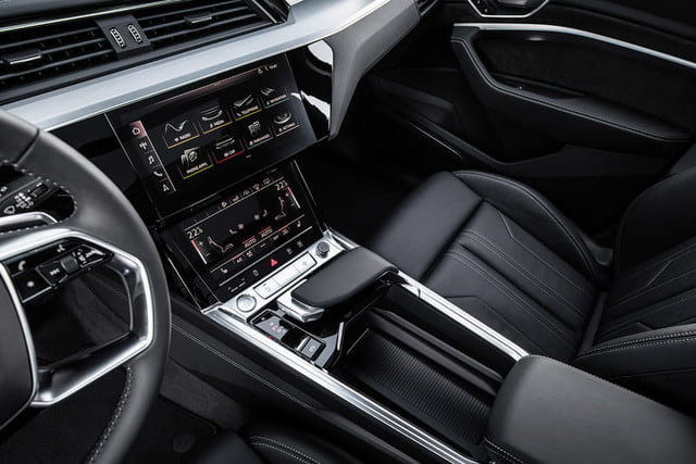 audi e tron suv electrica 2019 revision first drive press 13 800x534 c