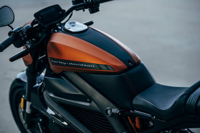 harley davidson electrica ces 2019 livewire 51 700x467 c