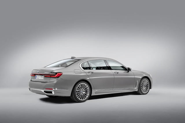 bmw serie 7 2020 official 8 700x467 c