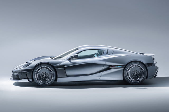 rimac concept two 1900 caballos c studio side 01 1 720x480