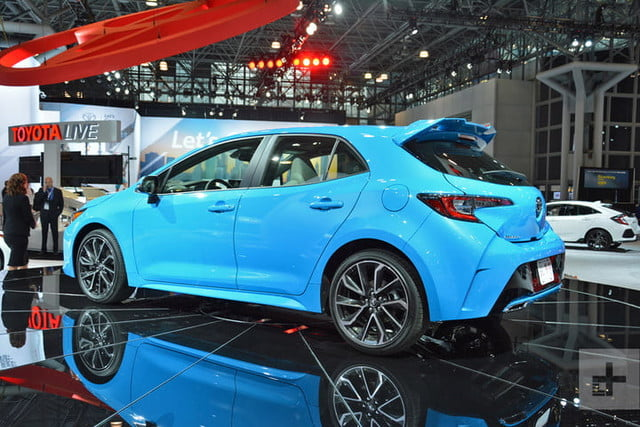 lo mejor auto show ny 2018 dt new york 2019 toyota corolla hatch 6 720x480 c