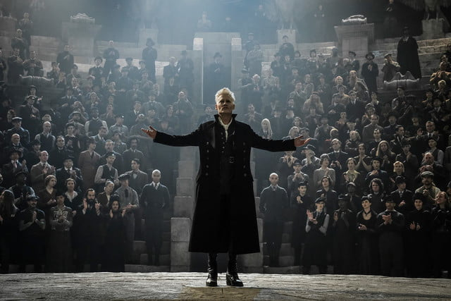fantastic beasts harry potter 2 review 9 1200x800 c