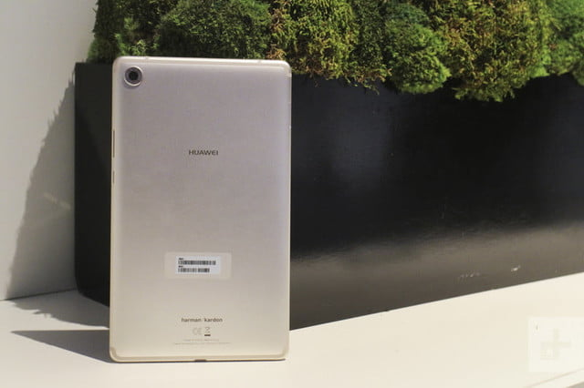 tableta mediapad m5 huawei hands on mwc 2018 15233 800x533 c