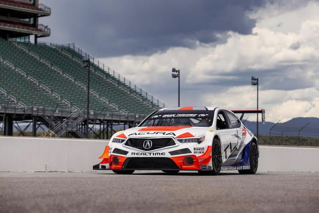 acura pikes peak international hill climb 2019 nlp 6106 700x467 c
