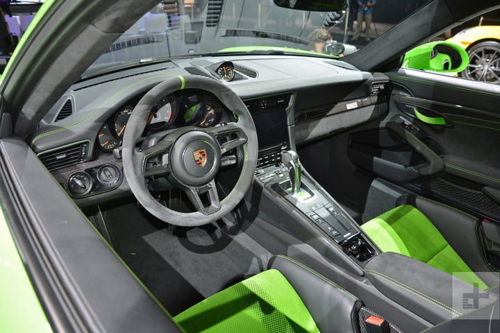 porsche insight into the 911 gt3 rs weissach package dt new york 2018 13