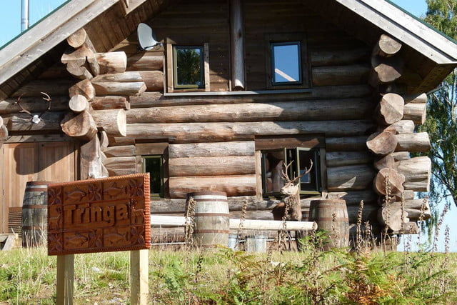 retreat from society and relax in these idyllic cabins around the world eagle brae highland log 13