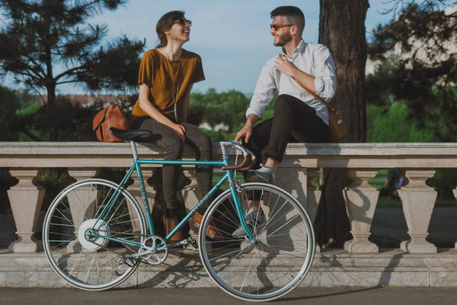 the smart wheel gives you a 250 watt boost on your commute flykly 3