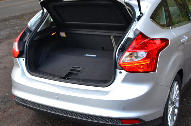 ford focus electric trunk