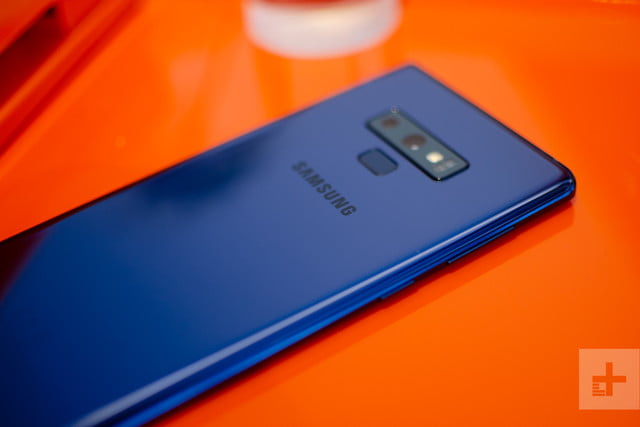 Galaxy Note 9 blue close